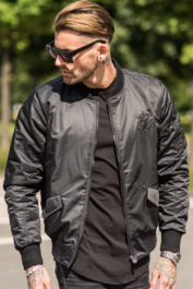 gym-king-sleath-bomber-black-2